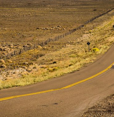 RUTA 40 EN CHUBUT (RECTAS INTERMINABLES)