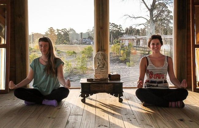 La Vida de Viaje-yoga-sirchandler-1