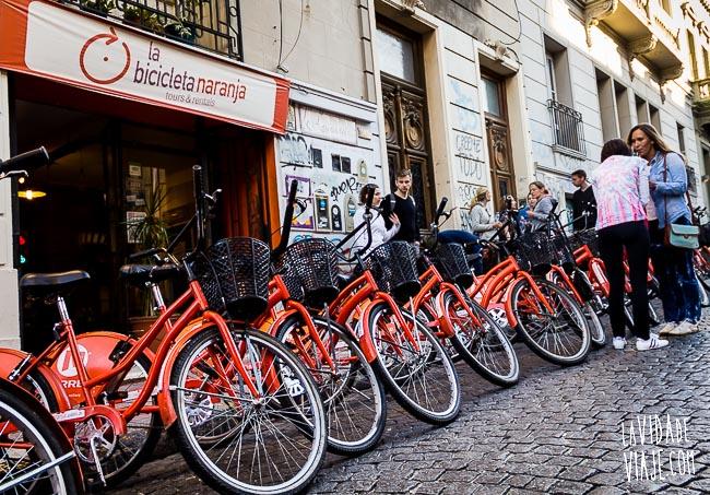 La Vida de Viaje-bicicleta naranja-11
