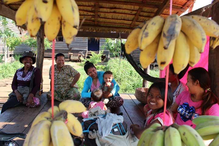 viajar en familia viajar en bicicleta-La Vida de Viaje-Cambodia