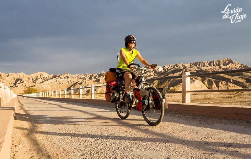 La Vida de Viaje-mujeres cicloviajeras-15