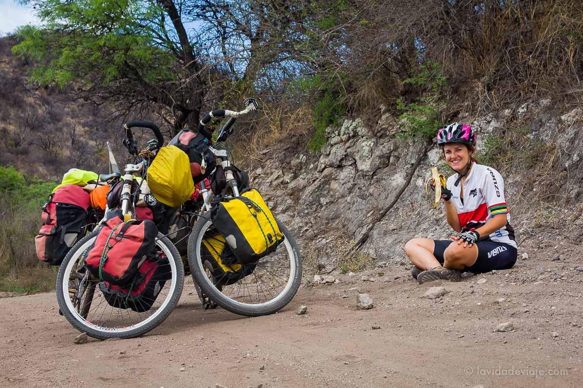 la-vida-de-viaje-especial-cicloturismo-alimentacion