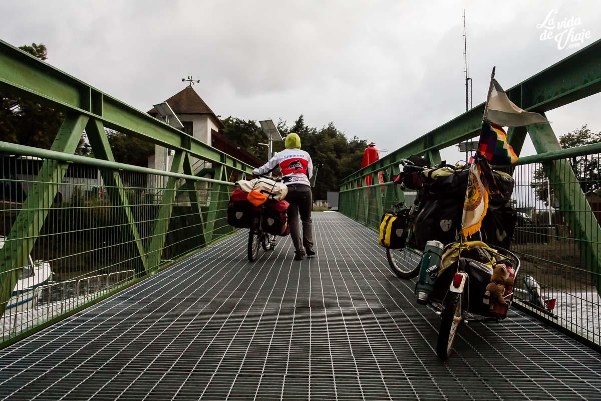 cruce de los andes en bici desde bariloche
