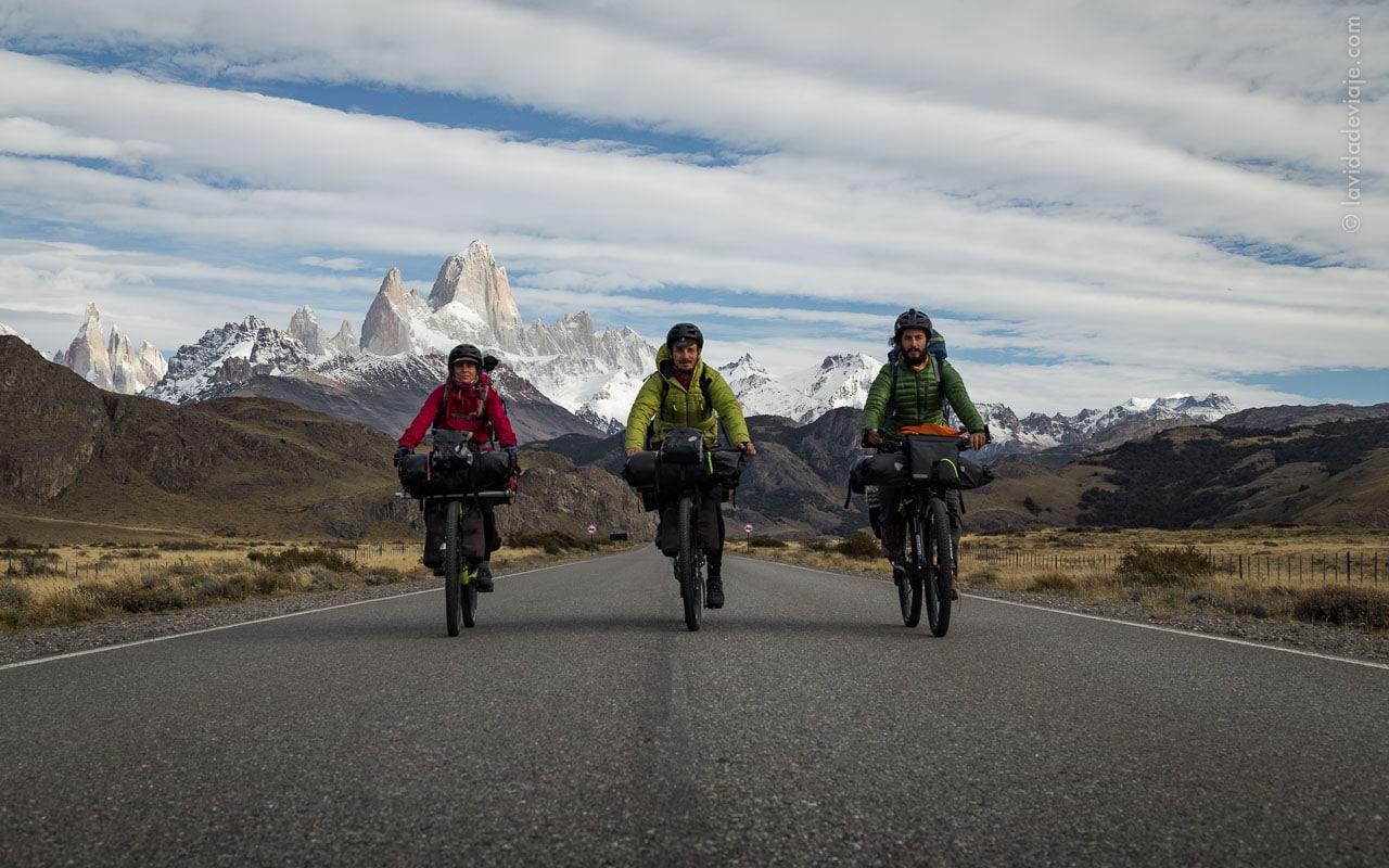 la-vida-de-viaje-bikerafting-río-santa cruz-1-el-encuentro