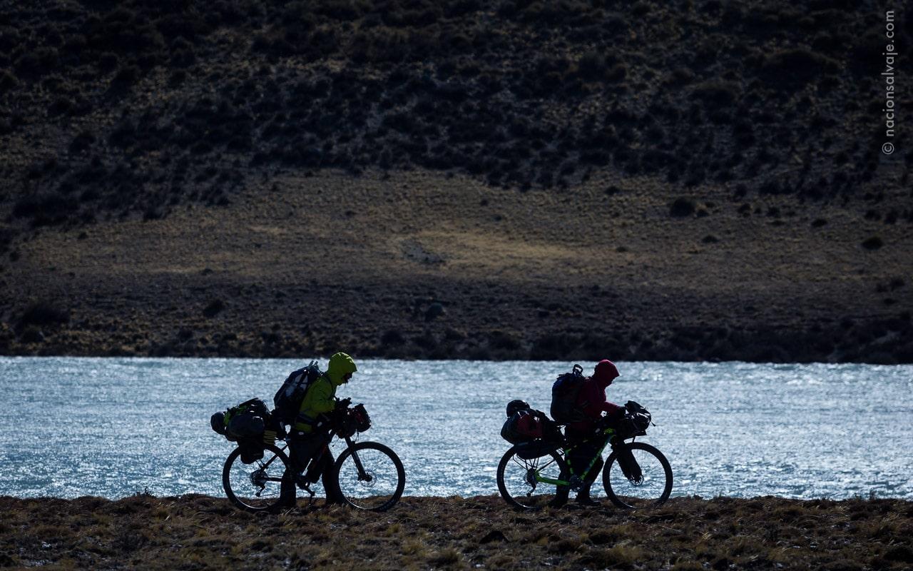 Río Santa Cruz Bikerafting Bikepacking